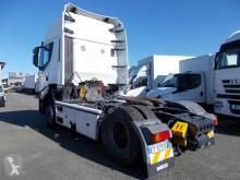 Voir les photos Tracteur Iveco 440S45