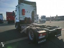 Voir les photos Tracteur Renault 460.19 T