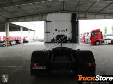 Voir les photos Tracteur Mercedes 1845LSE