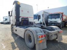 Voir les photos Tracteur Volvo FH440