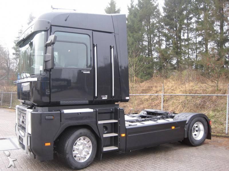 tracteur renault standard magnum 520 dxi 4x2 gazoil euro 5 neuf n 481346. Black Bedroom Furniture Sets. Home Design Ideas