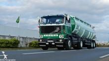 Voir les photos Tracteur Volvo F89