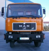 camion MAN 33.372