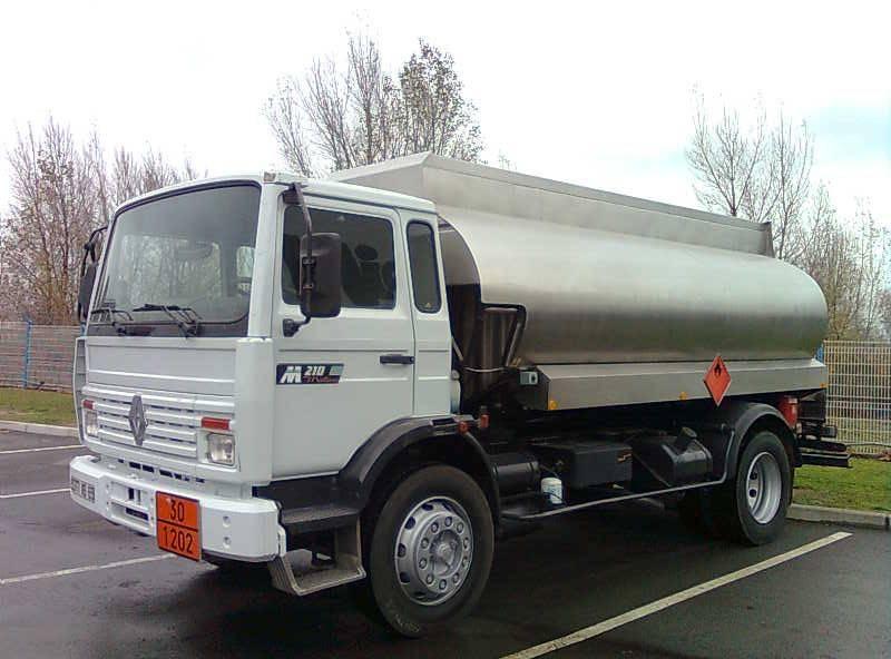 camion renault citerne hydrocarbures gamme m 210 4x2 gazoil occasion n 119236. Black Bedroom Furniture Sets. Home Design Ideas