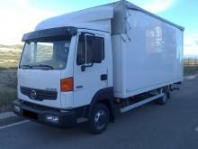camion furgone Nissan