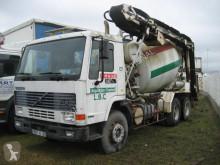 camión Volvo FL10 320