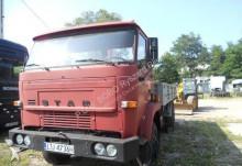 camión caja abierta Star