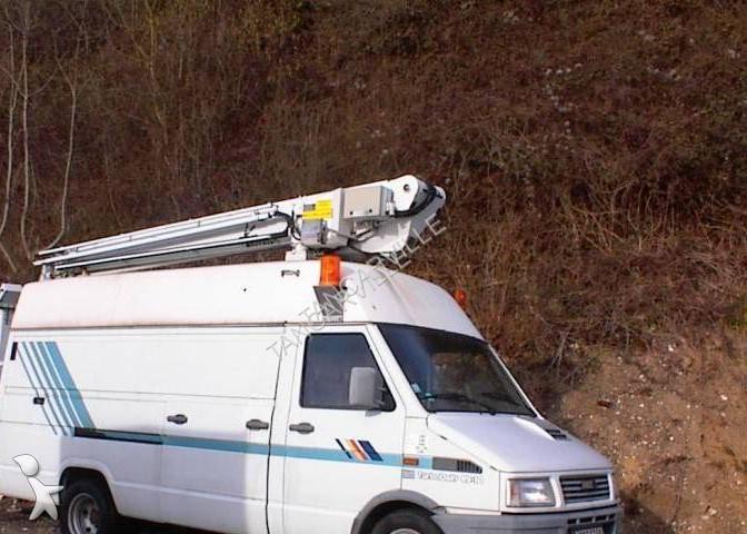 Voir les photos Camion Iveco Daily 49.10