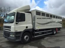camion trasporto bestiame DAF