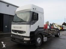 camión Renault Premium 385