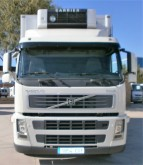 camión Volvo FM9 380