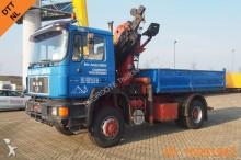 camion MAN F90 19.422 - 4X4