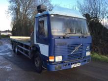 camion Volvo FL7 290