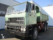 camión volquete trilateral DAF