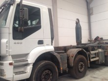 camión Iveco Trakker AD 410 T 44