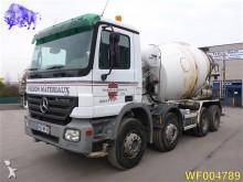 camion béton Mercedes