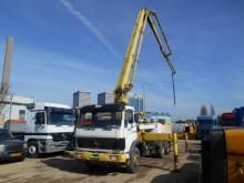 camión Mercedes 2224 Concrete Pump Schwing KVM 28 Meters
