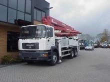 camion MAN FE 310 6X4 CONCREET PUMP M36