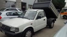 camion benne Tata