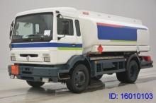camion cisterna Renault