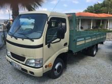 camión caja abierta Toyota