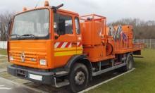 camion piattaforma trasporto pannelli Renault