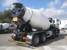 camion Iveco Eurotrakker 400E42