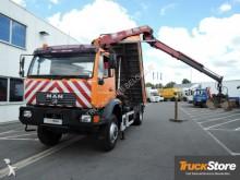 camión MAN LE 220 BB