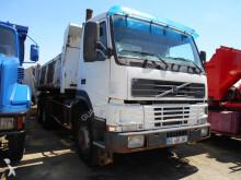camion bi-benne Volvo