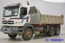 camión Renault Kerax 340 - 6X4