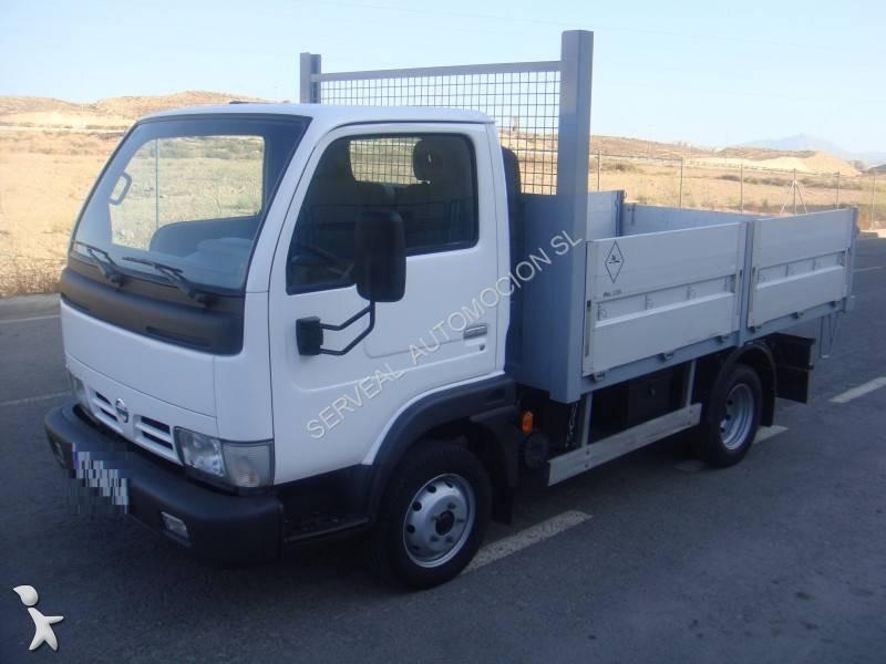 camion nissan plateau cabstar euro 3 occasion n 1723450. Black Bedroom Furniture Sets. Home Design Ideas