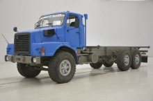 camion Volvo N10 - 6X4 - 20F. Bed