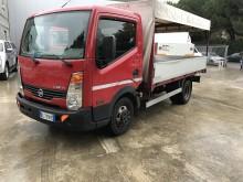 camión lona corredera (tautliner) sistema de lona corrediza Nissan