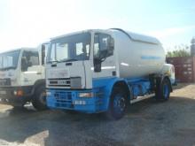 camion citerne à gaz Iveco