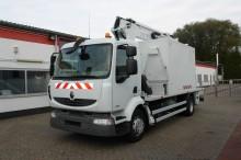 camion nacelle articulée télescopique Renault
