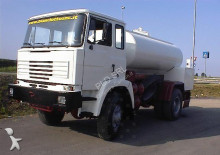 camion citerne Astra