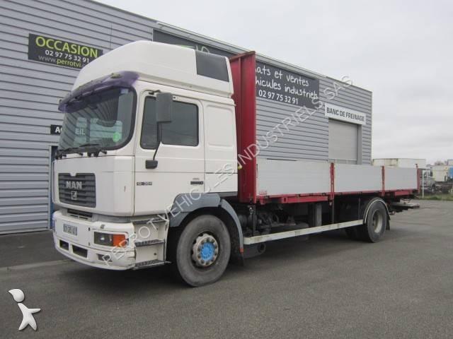 camion plateau 1398 annonces de camion plateau d 39 occasion. Black Bedroom Furniture Sets. Home Design Ideas