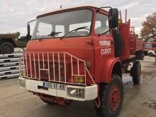 camión camión cisterna incendios forestales Saviem