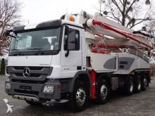 camion Mercedes Actros 4444 10x6 Euro5 Betonpumpe LIEBHERR 47 M
