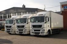camion fourgon paroi rigide repliable MAN
