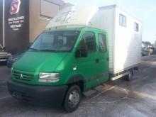 camion van per trasporto di cavalli Renault