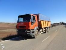 camión Iveco DUMPER / VOLQUETE IVECO 380 6X4 2005