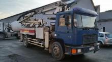 camion pompe à béton MAN