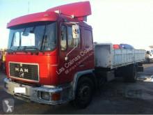 camion MAN 18272