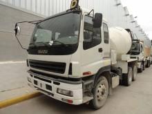 camion béton toupie / Malaxeur Isuzu