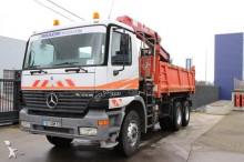 camion Mercedes Actros 3331 + HMF 1560