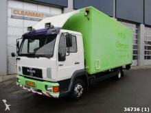 camión MAN 8.136