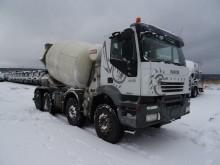camión Iveco Trakker AD 340 T 41
