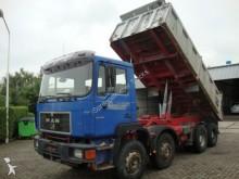 camion MAN 35-372 8x4