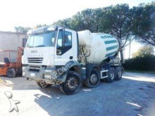 camion Iveco Trakker 340 T 44